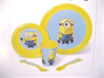 Despicable Me2 Minions 5 pc Mealtime Dinnerware Set Plate,Bowl,Flatware&Cup-New