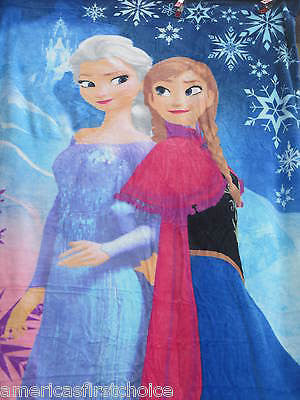 Disney Frozen Ultra Soft  Blanket/Throw Out in Cold Anna, Elsa,Sven & Olaf-New!