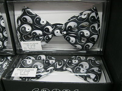 YING AND YANG DESIGN TUXEDO ADJUSTABLE BOW TIE-NEW GIFT BOX!