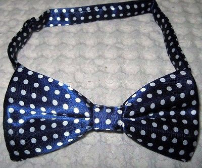 NAVY BLUE WITH WHITE POLKA DOTS PRE-TIED ADJUSTABLE BOW TIE-NEW!