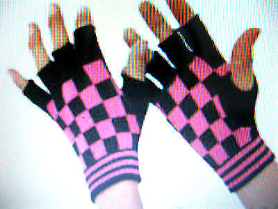 BLACK PINK CHECKERED PATTERN PUNK GOTHIC FINGERLESS CUTOFF GLOVES-NEW!