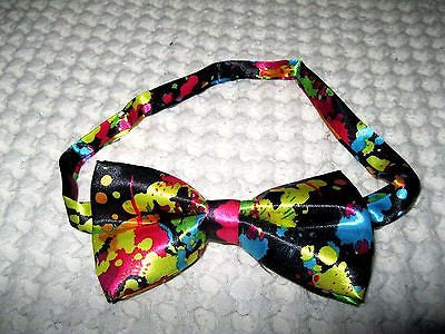 BLACK WITH MULTI-COLOR PAINT SPLATTER ADJUSTABLE  BOW TIE-NEW GIFT BOX!