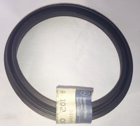 NEW ORIGINAL MERCEDES-BENZ RUBBER GASKET AT: AIR-CLEANER TO: AIR FLOW SENSOR R129-300SL-24 300SL W126-300SEL W201-190E 2.6 1903 2.3 190E 2.3-16 190E 3.2 AMG W124-260E 300E 2.6 300TE 4-MATIC 300E 4-MATIC 300TE 300CE