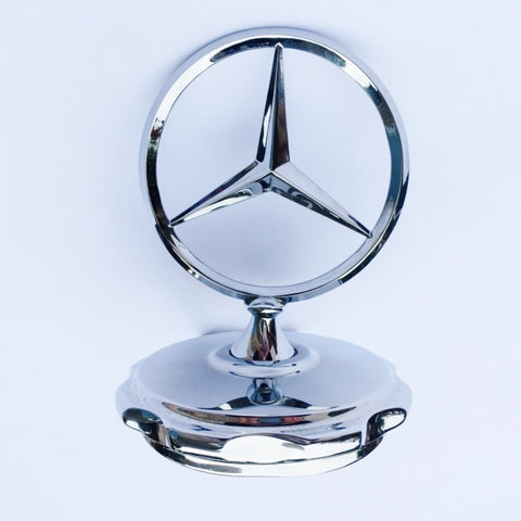 CHROME EMBLEM STAR KIT  ASSEMBLY WITH CHROME BASE NEW GENUINE MERCEDES BENZ 600 SEDAN 4 DOOR 600 PULLMAN SEDAN 4 DOOR 600 PULLMAN SEDAN 6 DOOR