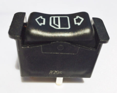 ELECTRIC WINDOW SWITCH TO LEFT FRONT DOOR IN CENTER CONSOLE  LEFT NEW GENUINE MERCEDES BENZ 560SL R107.048 FROM A 074848