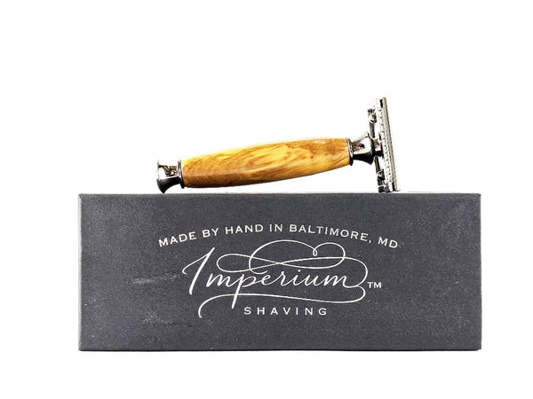Wooden style double sided razor.