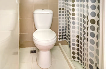 Deluxe barkada room toilet at Metro Deluxe Residences