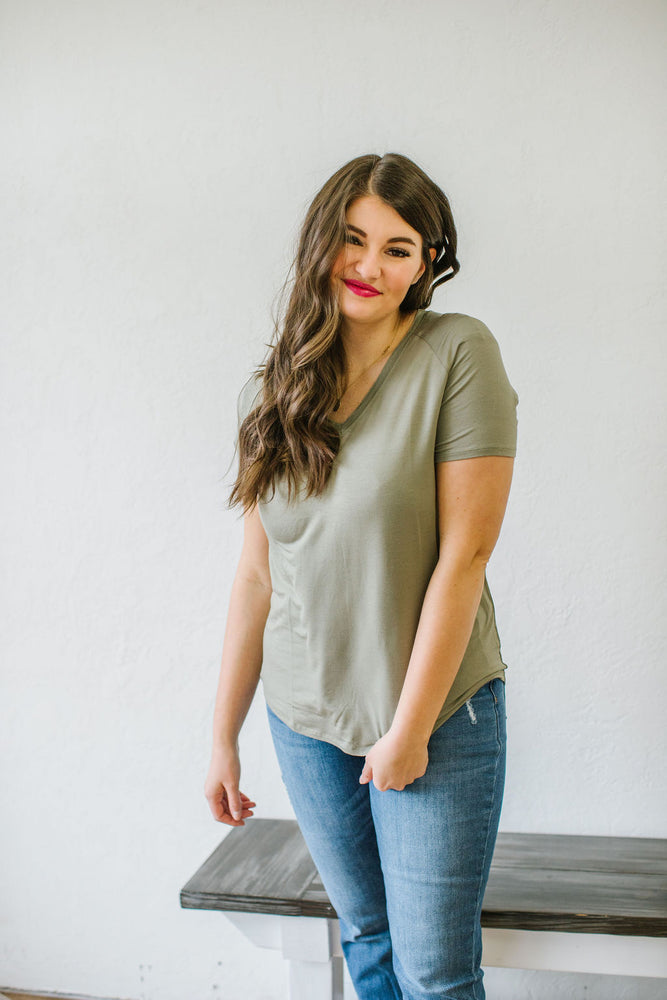 Denton Basic Tee in Smokey Olive