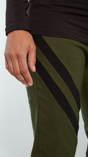 Stowaway Collection Audra Maternity Pant Side Detail View