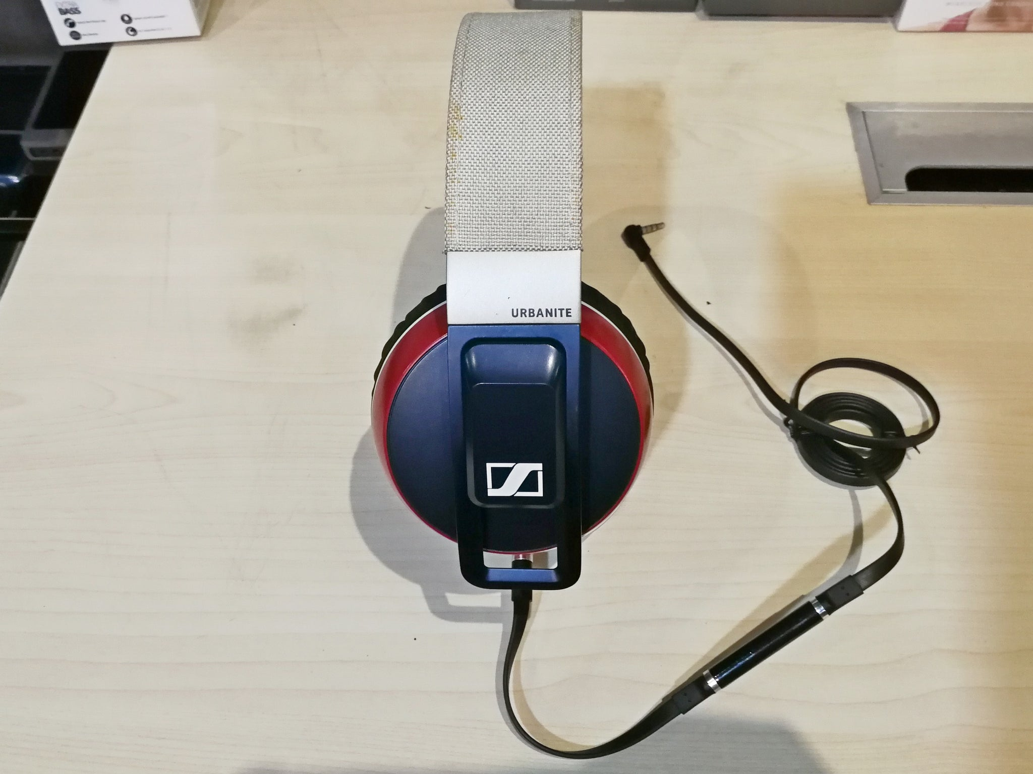 Sennheiser Urbanite XL iOS Demo (SS15) - A - Jaben - The Little Headphone Store