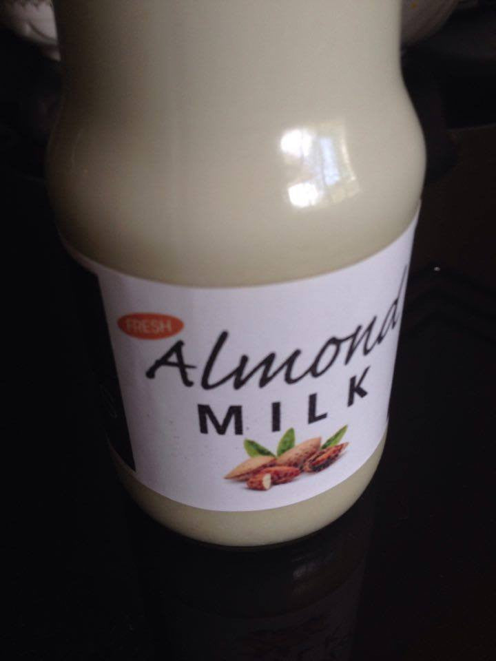 Strong Benefits of Drinking Almond Milk