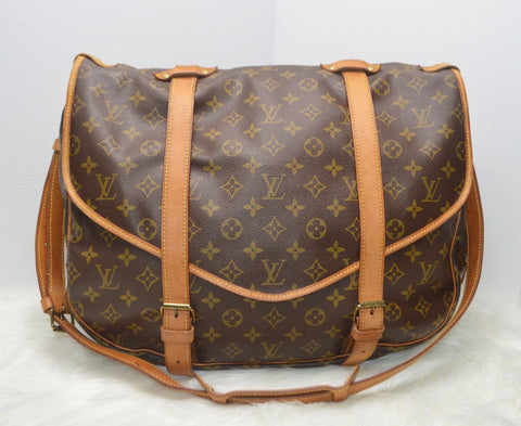 Preloved Authentic Louis Vuitton Monogram Canvas Saumur 43