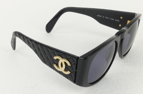Preloved Authentic CHANEL Vintage 90's CHANEL Black / Gold CC Matelasse Sunglasses