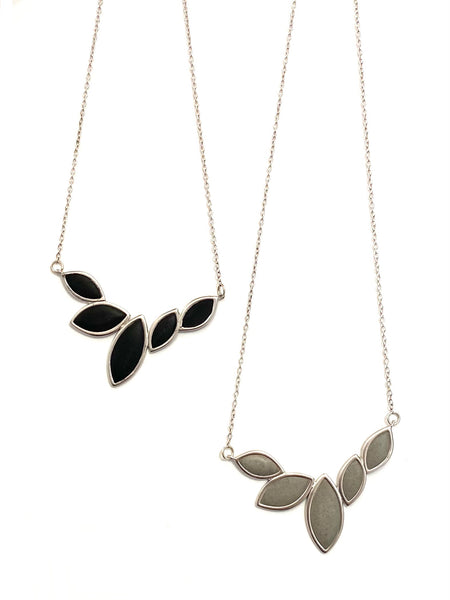 DEKOKRETE - Leaves Necklace