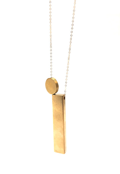 LUCA - Long Bar Circle Necklace