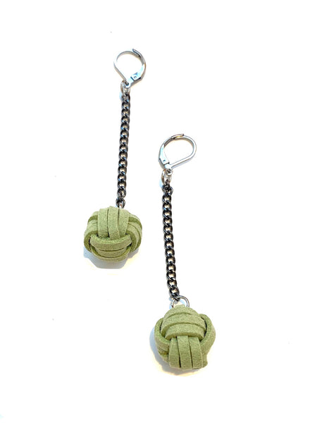 TIRIJALA- MONKEY FIST EARRINGS