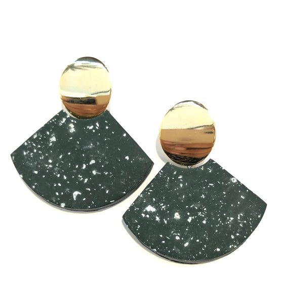 ASYMMETRY- PAIPAY EARRINGS