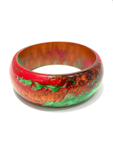 TRENCHE- Resin Bangle Bracelet- Reds and Green