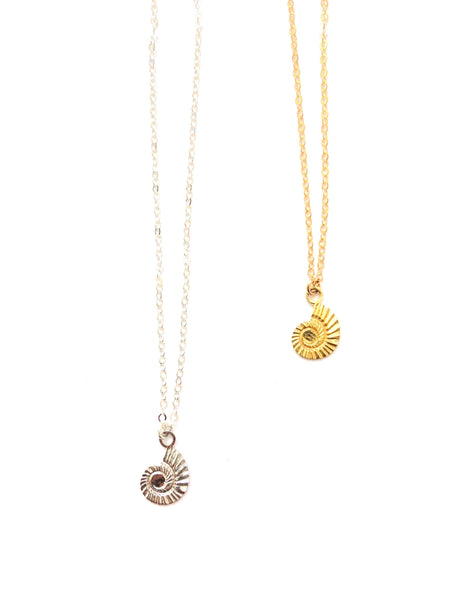 MUNS- CARACOL NECKLACE