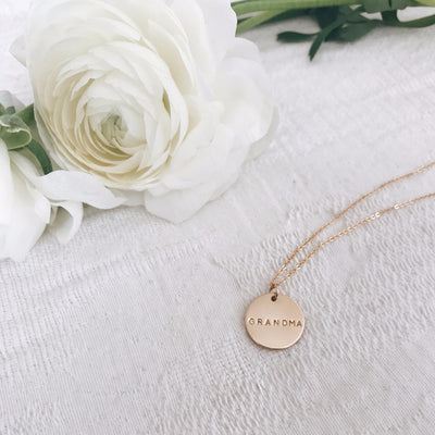Personalized Disc Necklace Gold For Grandma