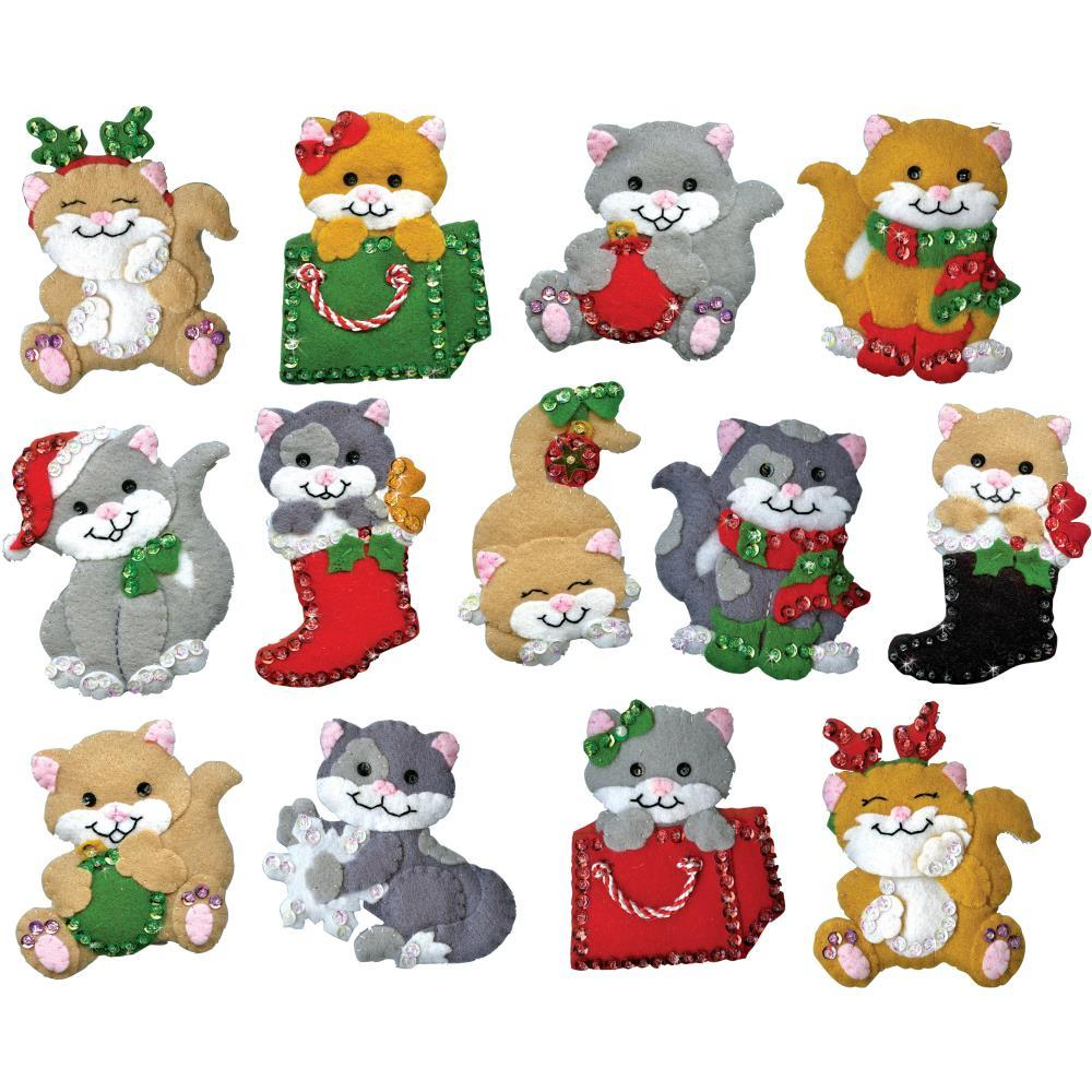 Design Works Felt Ornament Applique Kit 13 pack Holiday Cats