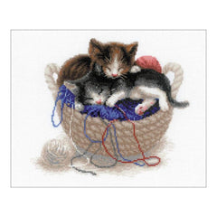 RIOLIS Counted Cross Stitch Kit 11.7inch X9.5inch Kittens In A Basket (14 Count)