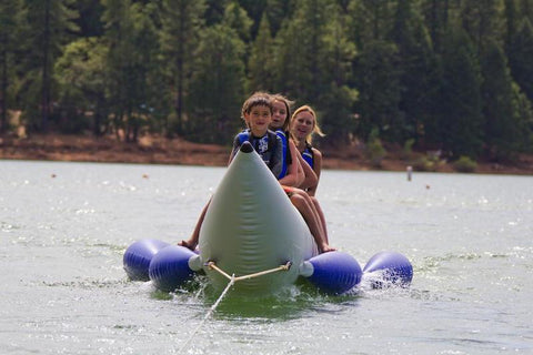 Aquaglide Metro™ 3 Person Banana Boat Inflatable Towable + Free Tow Rope