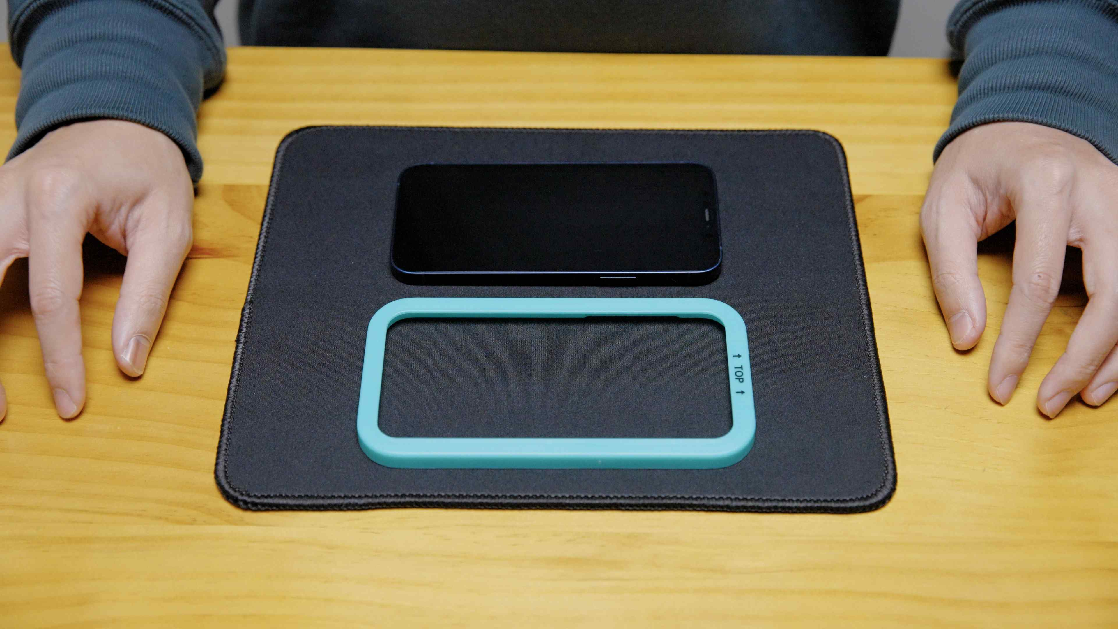Screen Protector Installation Guide Step 3 : Frame Installation