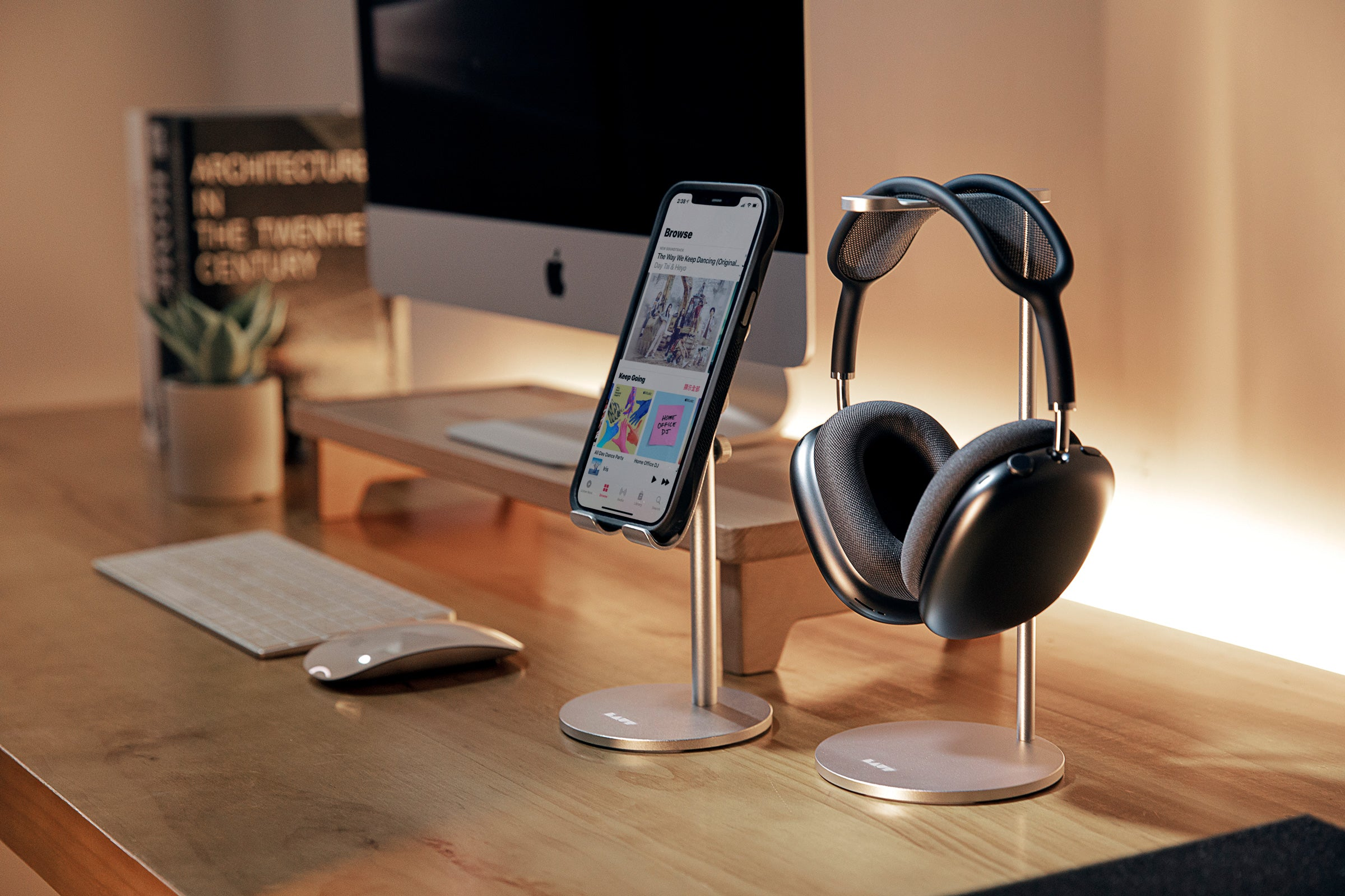 LAUT - Free Stand - Headphone Stand for AirPods Max