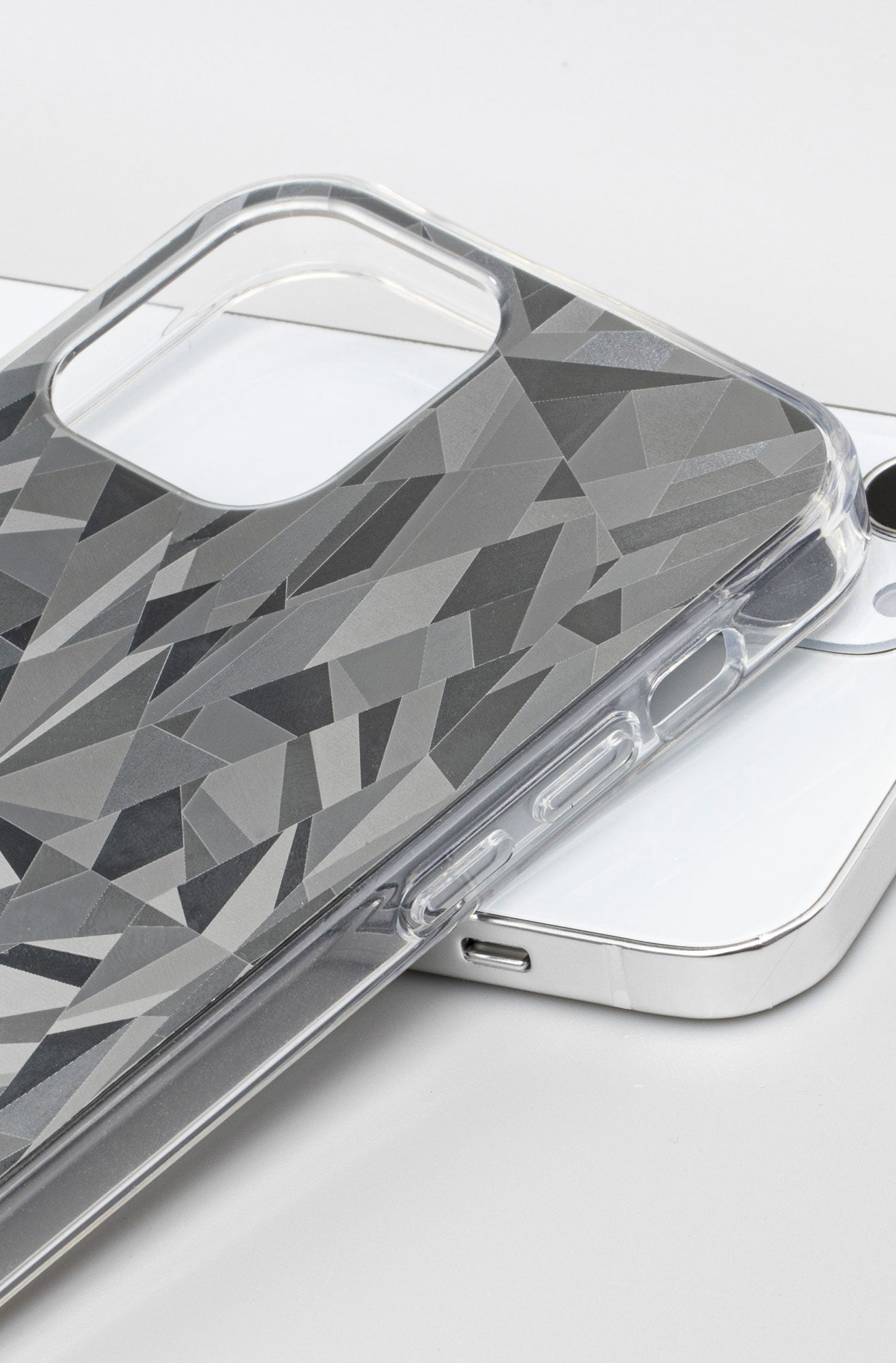 LAUT - DIAMOND case for iPhone 12 series