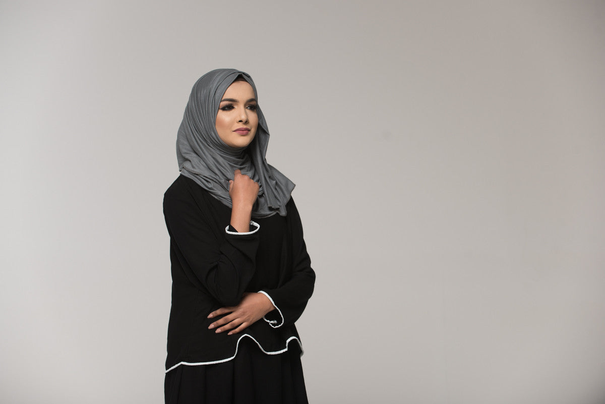 Three tiered Abaya