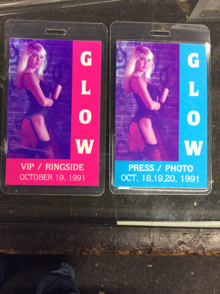 Rare set of GLOW (Gorgeous Ladies of Wrestling) Press/Photo and VIP/Ringside passes 1991