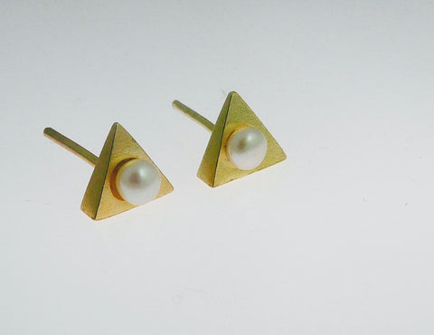 Triangle Studs with Pearl
