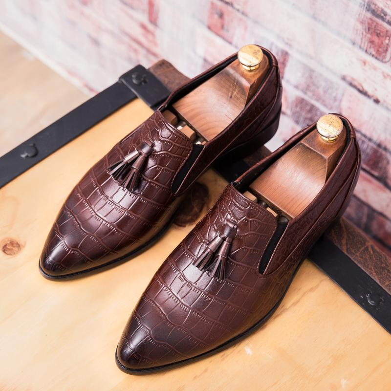 British retro set toe casual shoes men's shoes Europe Brock carved tassel breathable men's shoes