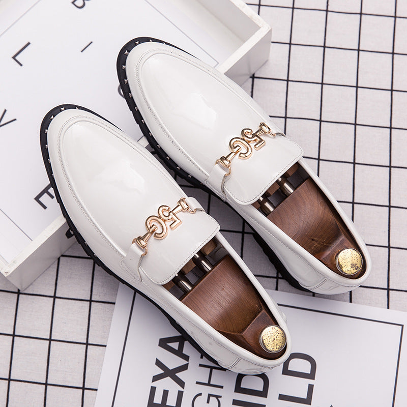 19 autumn men's shoes British casual leather shoes Korean sharp end patent leather youth heighten all kinds of hairdresser shoes