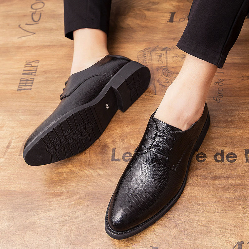 2020 summer casual leather shoes men's trend British wind Korean version of the wedding shoes business tip hundred trend men's shoes