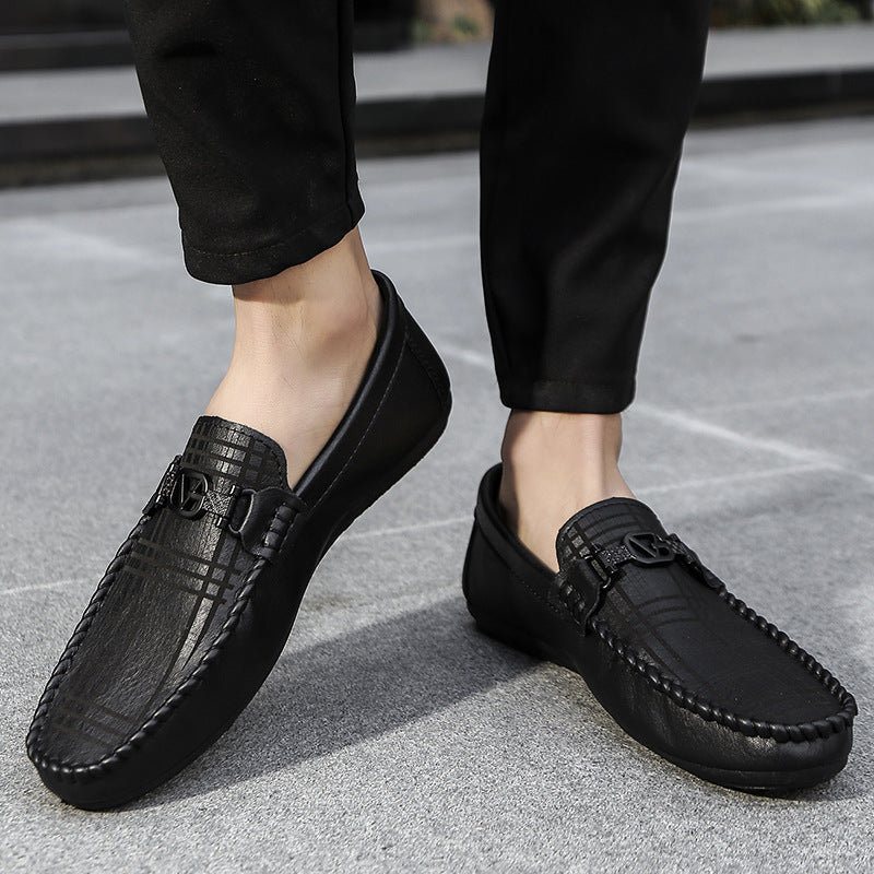 Men's shoes 2020 spring new men's bean shoes men's social spirit guy trend Korean version of Joker personality pedal