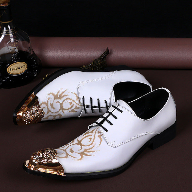 Pointed personality business leisure carved men's shoes British Korean version of white fashion leather shoes white leather shoes