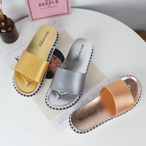 2019 new fashion solid color casual flat bottom outsole slippers Korean version of the wild comfortable sandals and slippers women summer
