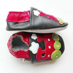 Choo Choo - Leather Baby Shoes by Hippofeet