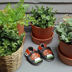 Toadstool - Leather Baby Shoes by Hippofeet