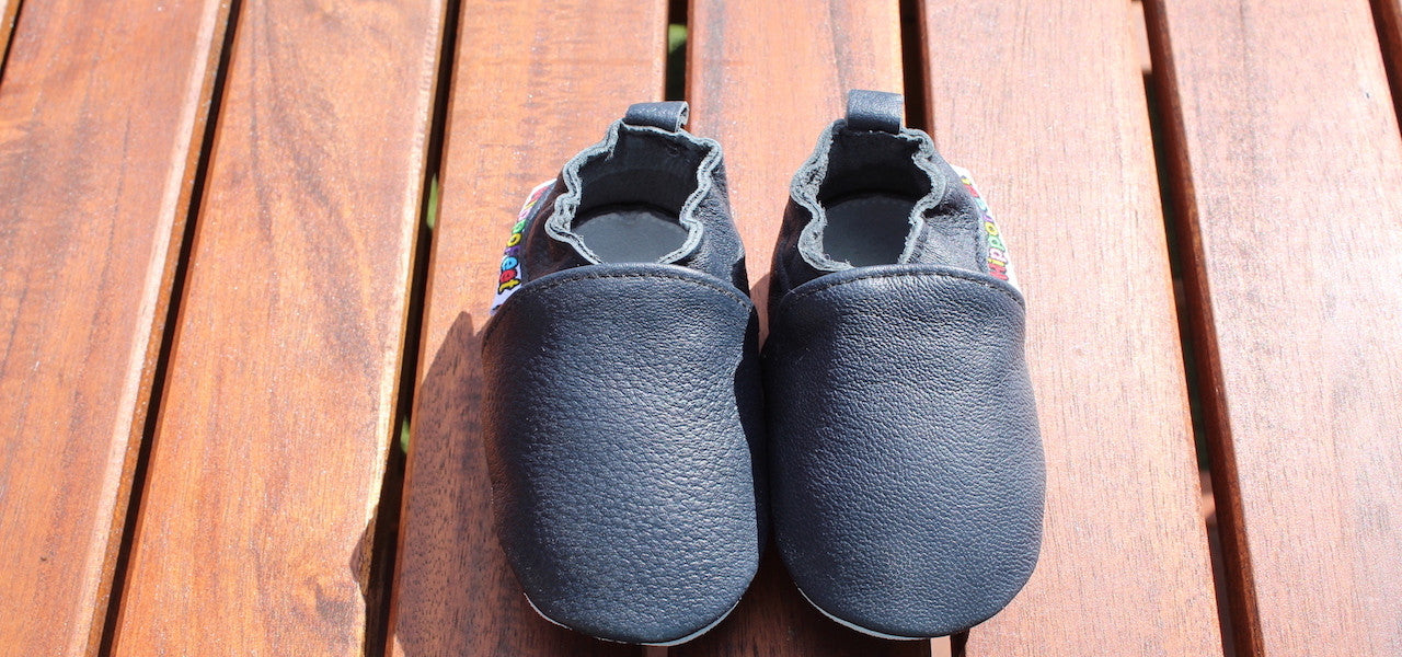 Soft Leather Baby Shoes - Hippofeet Plain Black Soft Leather Baby Shoes