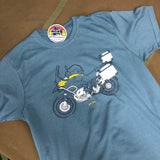 'Adventure Bike' - t-shirt - Unisex B&C Stone Blue