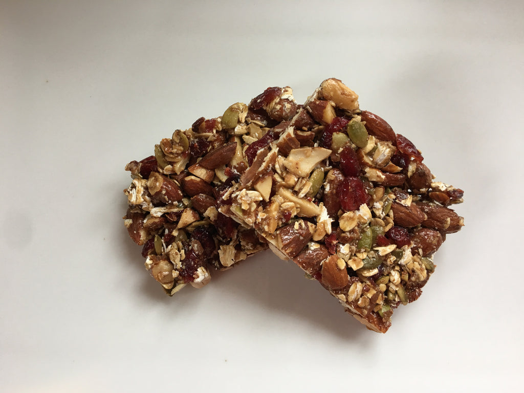 ORGANIC CRANBERRY-ALMOND PROTEIN BAR