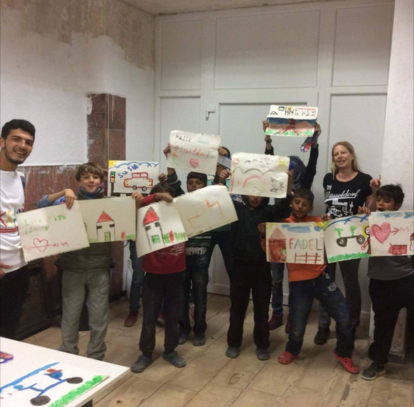 painting session for the children of greek refugee camp