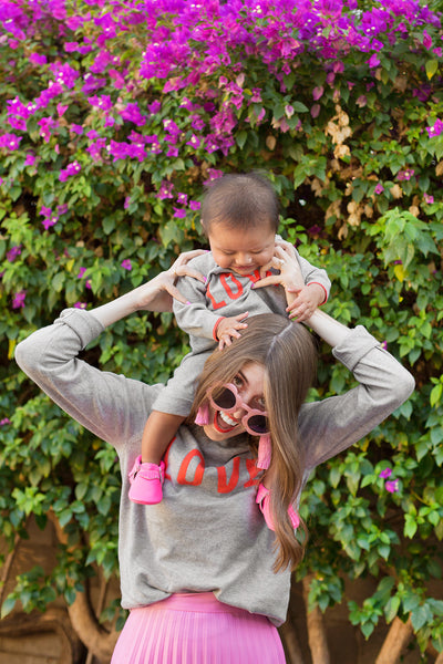 KELLY MINDELL'S ADOPTION JOURNEY TO MOTHERHOOD