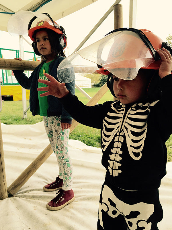 kids at tulleys farm spooktober fest