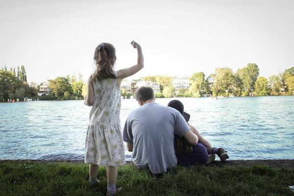 The bonnie mob kids dress by the River Spree, Berlin