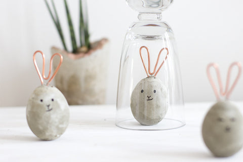 look-what-i-made.com, concrete easter bunnies