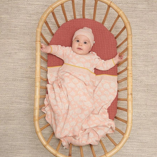 HEAVENLY - Baby Jaquard Hat PEACH - The bonniemob